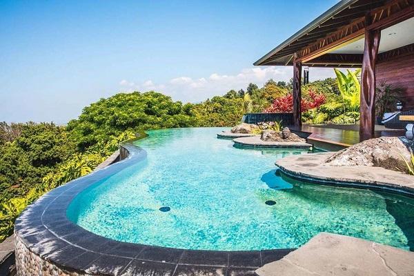 Airbnb resorts