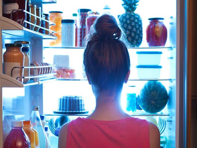Avoid late-night eating