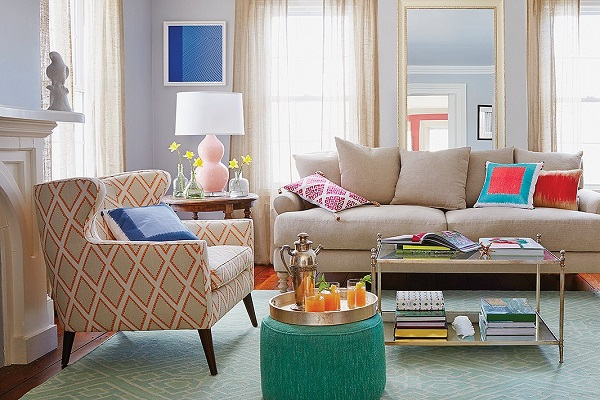 use of large decorative accents