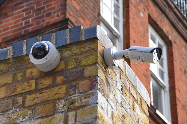 installing CCTV systems