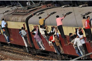 Safety Tips During your Travel in local trains in Mumbai, India