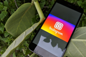 8 Instagram Stories Hacks to Give You a Creative Edge