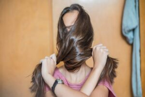 How to Find the Best Hair Treatment for Naturally Healthy Hair